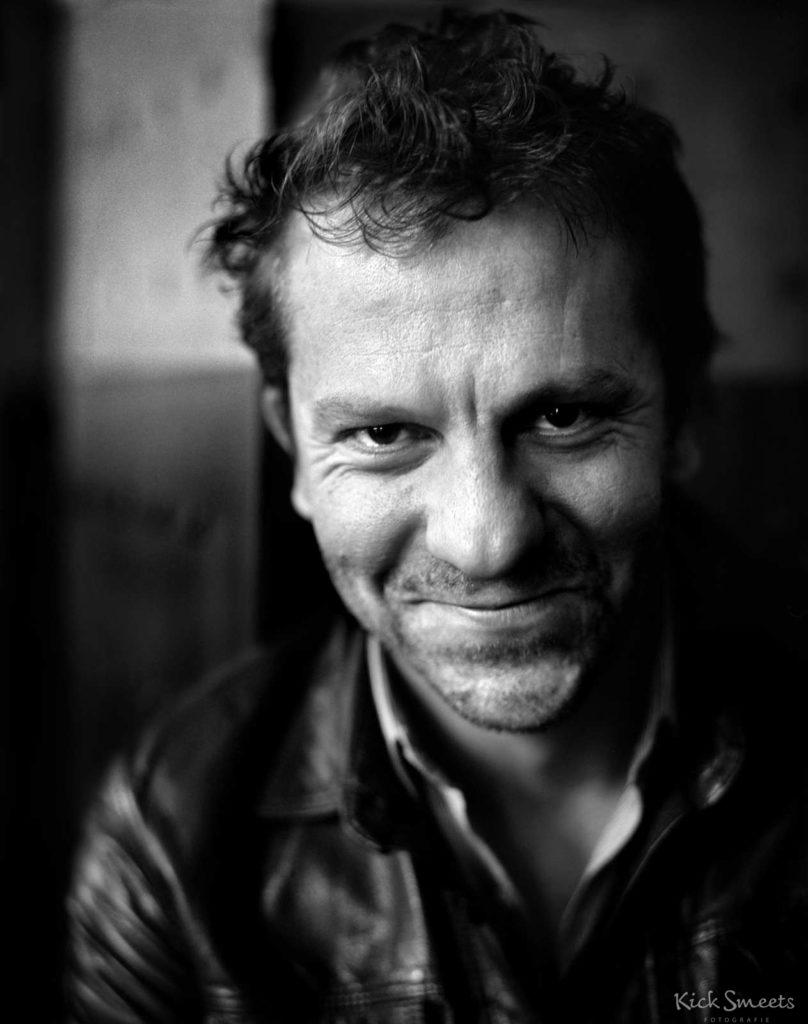 Tom Barman, oa frontman van de belgische band dEUS. Amsterdam