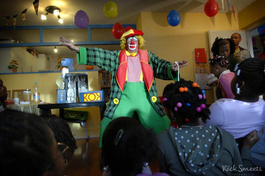 Clown-12